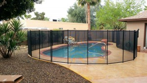gallery-Katchakid-swimming-pool-safety-fence-child-fences-removable-gate-aluminum-metal-installation